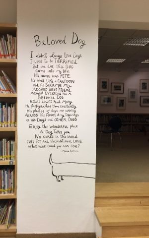 Maira Kalman and one of her texts, this one explaining her relationship with her dog, Pete (Jessica Steinberg/Times of Israel)