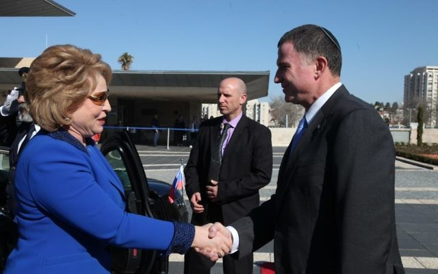 Valentina Matviyenko (L) is greeted by Knesset speaker Yuli Edelstein during a visit to the Israeli parliament. (Knesset Spokespersons department)