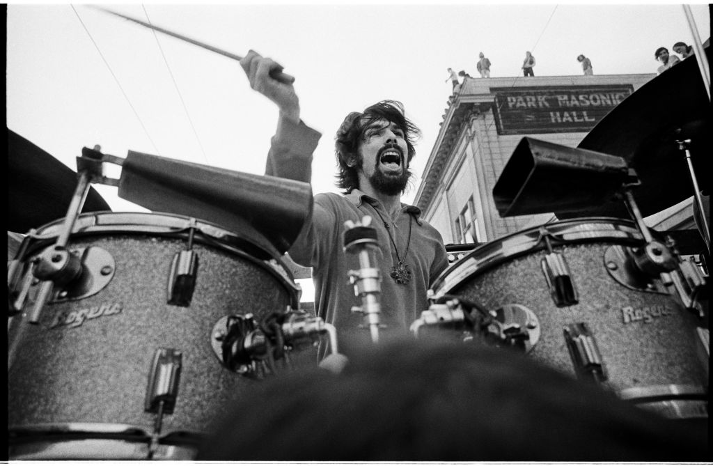 Mickey Hart performing during a Grateful Dead concert on Haight Street, March 3, 1968. (© Jim Marshall Photography, LLC. All rights reserved)