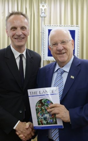 President Rivlin and The Lancet editor-in-chief Dr. Richard Horton, May 11, 2017. (Mark Neiman/GPO)