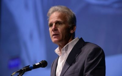 Israeli MK Michael Oren speaks at a conference organized by the Israeli humanitarian organization IsraAID on the reconstruction of Haiti, November 30, 2015. (Tomer Neuberg/FLASH90)