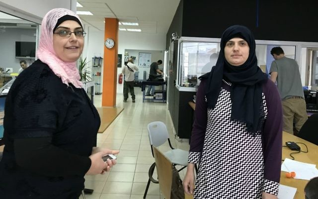Leadia Fauor, 33, left, and her 31-year old sister Marwa Fauor at Moona (Shoshanna Solomon/Times of Israel)