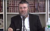 Screen capture from video of Rabbi Dovber Pinson. (YouTube/TheIYYUNCenter)