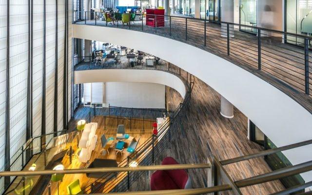 Inside of SAP's new building in Ra'anana (Courtesy: Uzi Porat)