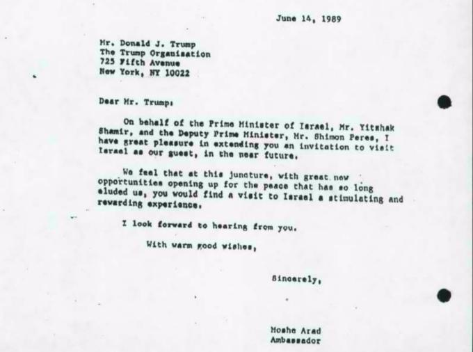 Ambassador Moshe Arad's 1989 invitation to Donald Trump to visit Israel (Israel State Archives)