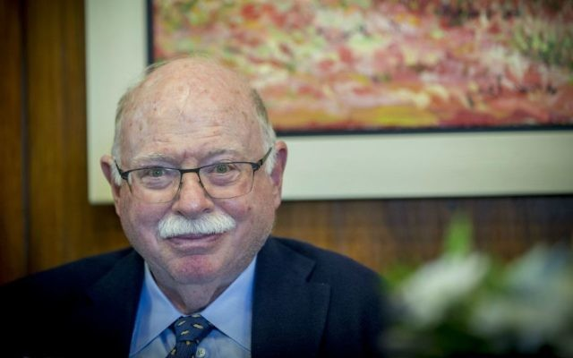 Michael Steinhardt attends a meeting of Knesset Chairman Yuli Edelstein with the torch lighters of the 69th Independence Day state ceremony, at the the Israeli parliament in Jerusalem, April 26, 2017.  (Yonatan Sindel/Flash90)