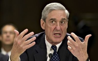 Former FBI director Robert Mueller testifies on Capitol Hill on June 19, 2013, (AP Photo/J. Scott Applewhite)