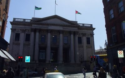 The Palestinian flag flies over Dublin's City Hall  for first time ever May 9, 2017 following a vote by the city council. (Michael Riordan/Times of Israel)