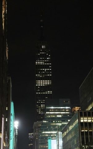 New York's Empire State Building went dark on May 23, 2017 in memory of the victims of a terrorist attack in the English city of Manchester. Spencer Platt/Getty Images/AFP