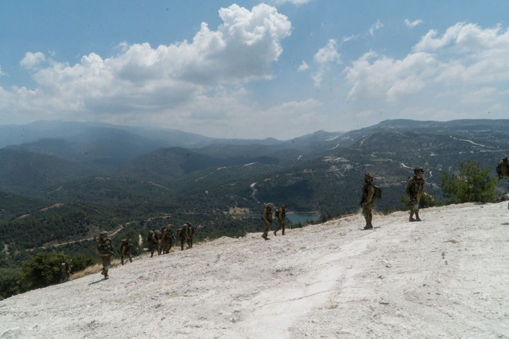 Members of the elite Egoz unit take part in an exercise in Cyprus in June 2017. (IDF Spokesperson's Unit)