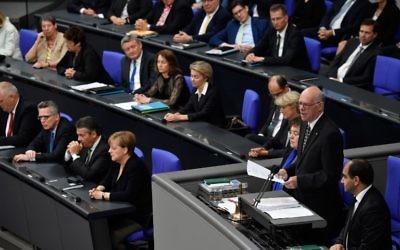 Norbert Lammert, president of the German lower house,  gives a speech on June 22, 2017 at the Bundestag in Berlin. (AFP/ John MacDougall)