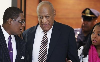 Bill Cosby arrives for his sexual assault trial with actress Keshia Knight Pulliam, right, at the Montgomery County Courthouse in Norristown, Pennsylvania on Monday, June 5, 2017. (AP/Matt Rourke)