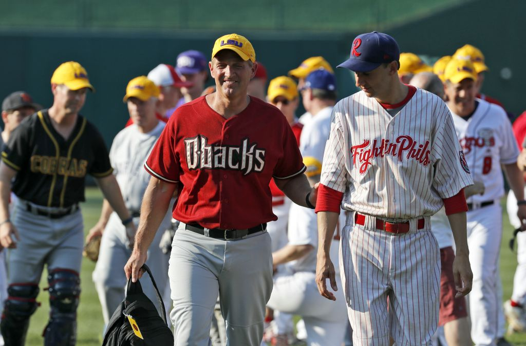 US lawmakers at the annual congressional baseball game in Washington, DC, June 15, 2017. (AP Photo/Alex Brandon)