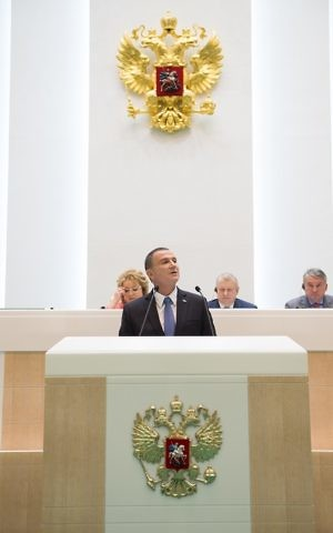 Knesset Speaker Yuli Edelstein addresses the Russian parliament on Wednesday, June 28, 2017 (Marissa Newman/Times of Israel)