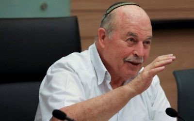 Jewish Home MK Nissan Slomiansky chairs a meeting of the  Knesset Law, Justice and Constitution Committee on November 22, 2016. (Issac Harari/Flash90)