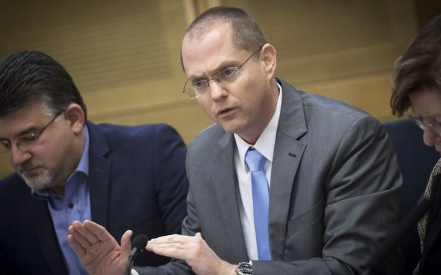 Yisrael Beytenu MK MK Oded Forer attends a committee meeting at the Knesset in Jerusalem, December 28, 2016. (Miriam Alster/FLASH90)