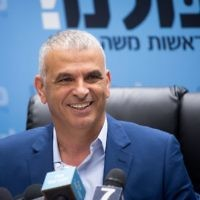 Kulanu leader Moshe Kahlon leads a faction meeting in the Knesset on May 8, 2017. (Miriam Alster/Flash90)