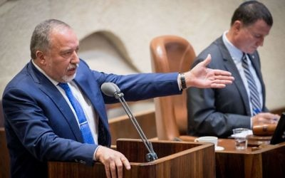 Israeli Defense Minister Avigdor Liberman speaking from the Knesset podium on June 5, 2017. (Yonatan Sindel/Flash90)