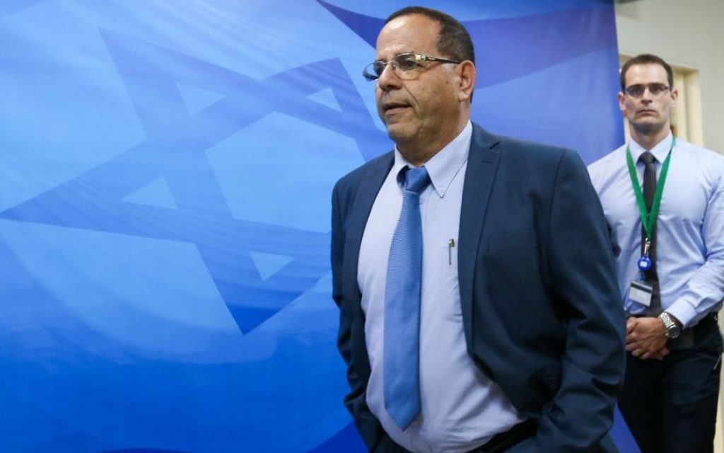 Communications Minister Ayoub Kara arrives to the weekly cabinet meeting at the Prime Minister office in Jerusalem on June 11, 2017. (Marc Israel Sellem/POOL)