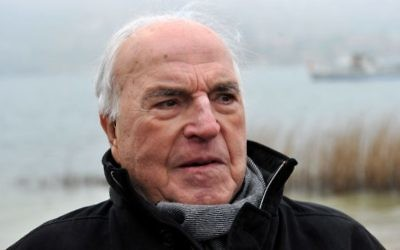 The April 5, 2013 file photo shows former German chancellor Helmut Kohl on the shore of Lake Tegernsee in Bad Wiessee, southern Germany. (Frank Leonhardt/dpa via AP, file)