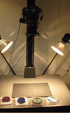 Multispectral imaging camera set-up used by the Tel Aviv University interdisciplinary team. (courtesy Tel Aviv University)