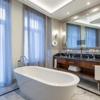 One bedroom suite bathroom at the Waldorf Astoria. (Courtesy)