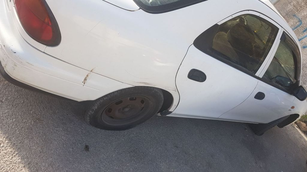 Tires slashed in the Jerusalem neighborhood of Beit Safafa overnight in a suspected price tag attack, June 9, 2017. (Police spokesperson)