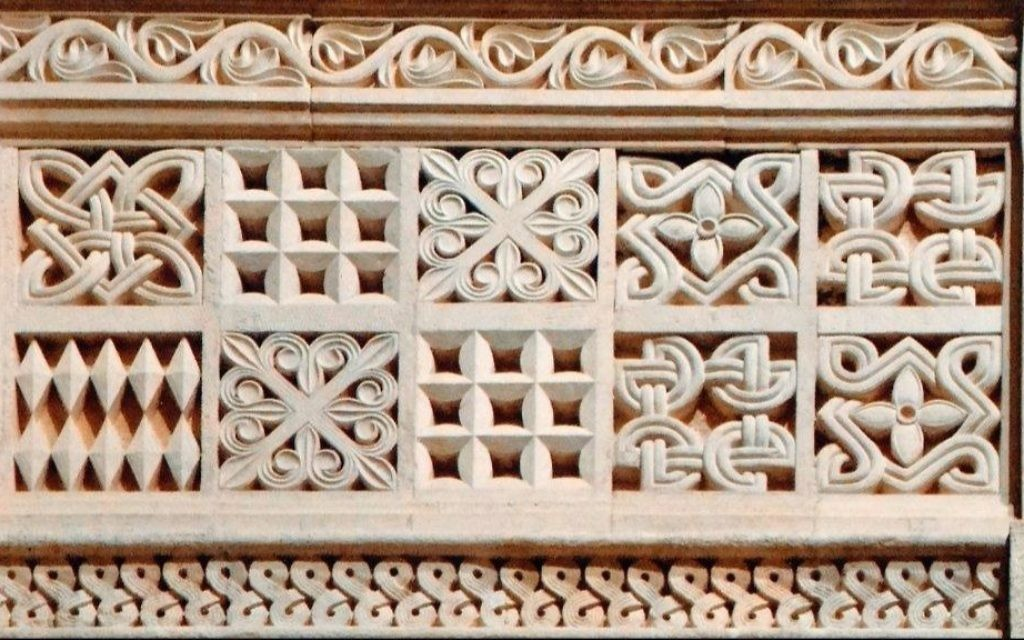 Christian design identity: Complex design of the stone balustrade of the upper gallery in the German Church of the Ascension, built in 1910. The Augusta Victoria Compound, Mount of Olives. (Courtesy)