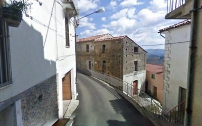 Italian Reconstructionist Sinagoga Ner Tamid del Sud in Serrastretta, a small town in Calabria. (Screen capture: Google streetview)