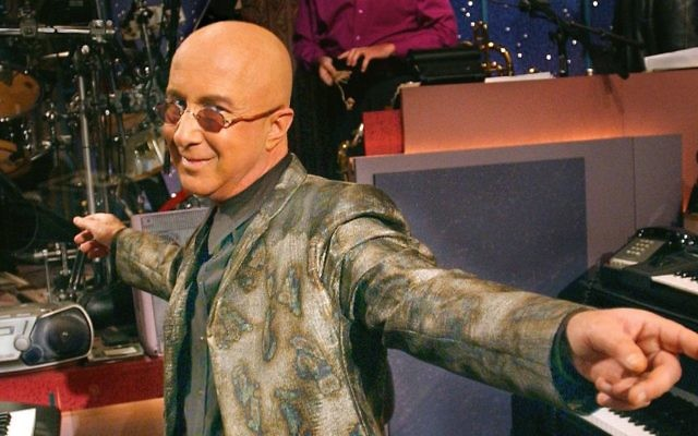 Paul Shaffer on the set of the 'Late Show with David Letterman' in 2001. (John Paul Filo/CBS via Getty Images/via JTA)