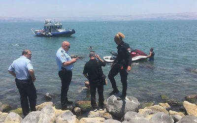 Police searching for the body of a missing swimmer in the Sea of Galilee on June 26, 2017. (Police Spokesperson)