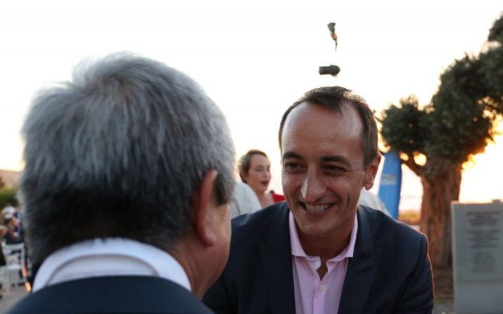 Outgoing Australian Ambassador Dave Sharma at a farewell reception in Tel Aviv, June 11, 2017 (Ariel Besor)