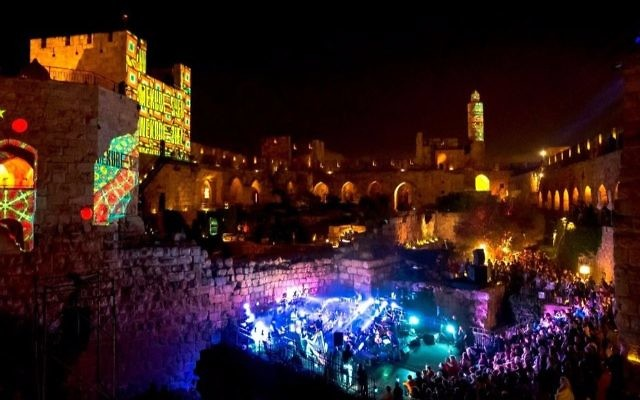 A musical performance at the Tower of David Museum, during the 2016 Mekudeshet (Courtesy Noam Shognovsky)