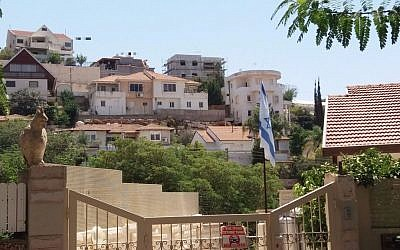 The homes in the West Bank settlement of Shaarei Tikva reportedly built on Area B. (Courtesy: Dror Etkes)