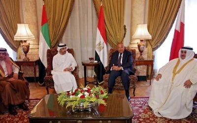 Saudi Foreign Minister Adel al-Jubeir (L), UAE Minister of Foreign Affairs and International Cooperation Abdullah bin Zayed Al-Nahyan (C-L), Egyptian Foreign Minister Sameh Shoukry (C-R), and Bahraini Foreign Minister Khalid bin Ahmed al-Khalifa (R) meet in the Egyptian capital Cairo on July 5, 2017, to discuss the Gulf diplomatic crisis with Qatar. (AFP PHOTO / POOL / Khaled ELFIQI)