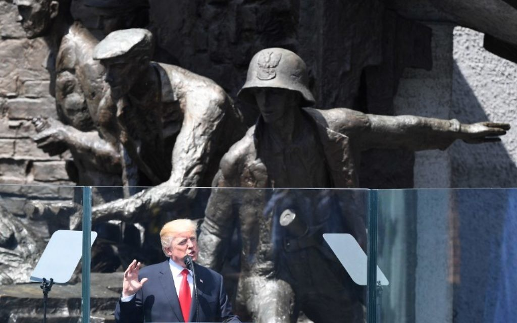 US President Donald Trump gives a speech in front of the Warsaw Uprising Monument in Warsaw, Poland, July 6, 2017. (AFP/JANEK SKARZYNSKI)