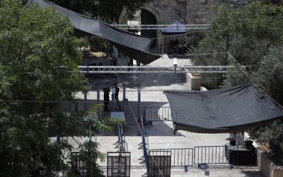 Security measures including metal detectors and cameras outside Lions Gate, a main entrance point for those heading to the Temple Mount compound in the Old City of Jerusalem, July 23, 2017. (AFP/AHMAD GHARABLI)