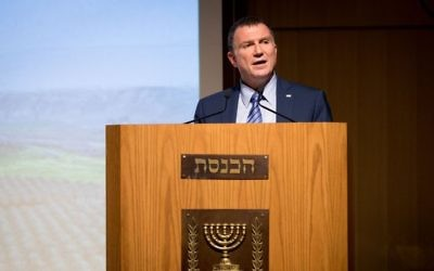 Knesset Speaker Yuli Edelstein attends a ceremony at the Knesset,  Jerusalem, June 6, 2017. (Yonatan Sindel/Flash90)