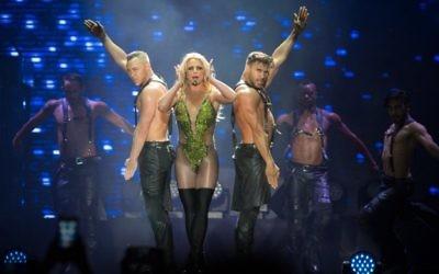 American pop star, Britney Spears performs in Tel Aviv, Israel, on July 3, 2017. (Miriam Alster/Flash90)