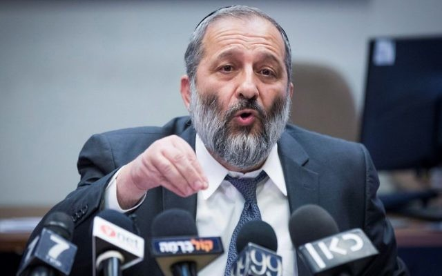 Interior Minister Aryeh Deri leads a Shas party faction meeting at the Knesset on July 3, 2017. (Yonatan Sindel/Flash90)