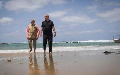 Prime Minister Benjamin Netanyahu and his Indian counterpart Narendra Modi visit the water desalination plant at Olga beach on July 6, 2017. (Kobi Gideon/GPO/Flash90)