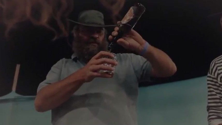 A brewer at the Tekoa beer festival on July 6, 2017. (Screen capture/YouTube)