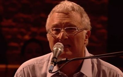 Randy Newman. (Screen capture: YouTube)