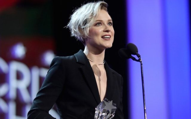 Evan Rachel Wood accepting the best actress in a drama series award for 'Westworld' at the Critics' Choice Awards in Santa Monica, Calif., Dec. 11, 2016. (Christopher Polk/Getty Images for The Critics' Choice Awards )