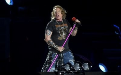 Guns N' Roses frontman Axl Rose at Tel Aviv's Yarkon Park on July 15, 2017. (courtesy Lior Keter)