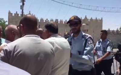 Israeli police prevent Muslims from entering the al-Aqsa compound following a terror attack on July 14, 2017. (Screen capture: Twitter video)