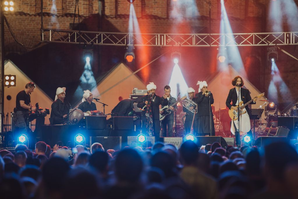 Shye Ben-Tzur and The Rajasthan Express performing at this year's Krakow Jewish Culture Festival in Krakow, Poland. (Michal Ramuz/Krakow Jewish Culture Festival/via JTA)