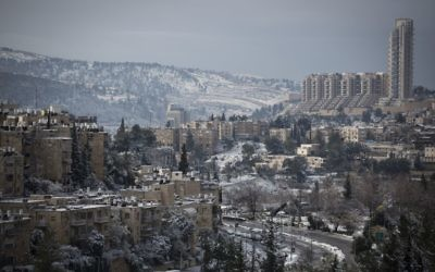 View of Jerusalem's Nayot neighborhood on January 10, 2015, after a snowy day. (Hadas Parush/Flash90)