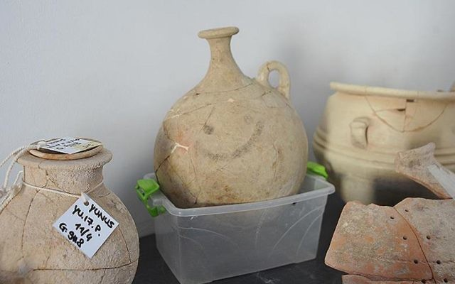 The 'smiley pot' was discovered by a team led by Nicolo Marchetti, an archeology professor at the University of Bologna, during excavations in Turkey's Gaziantep province alongside the Syria border. (courtesy)