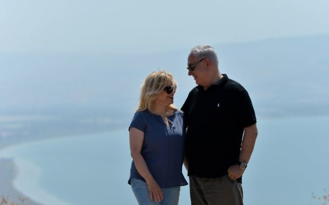 Prime Minister Benjamin Netanyahu and his wife Sara touring Israel's North, August 15, 2017 (Koby Gideon/PMO)